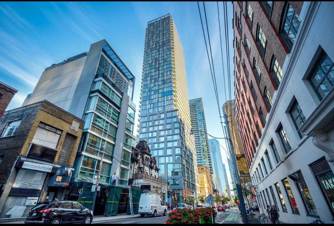 多伦多市中心金融区一室公寓 – 101 Peter St