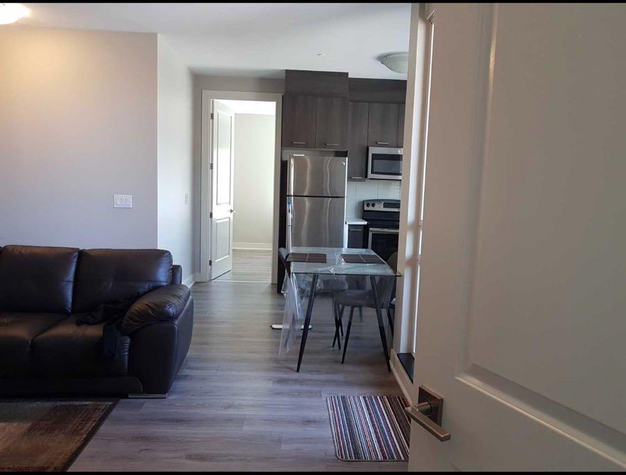 汉密尔顿两室公寓 – 150 Main St